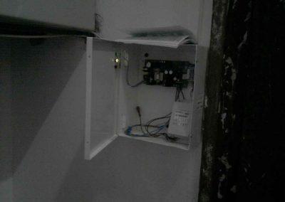 montag-sistem-kontroly-dostupa-bespereboyniy-blok-pitaniy458
