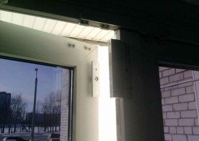 montag-sistem-kontroly-dostupa-elktromagnitnyj--zamok-na-metaloplastikovuu-dver-0001l